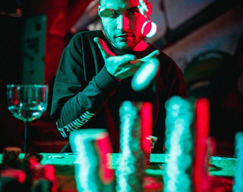 Dropack, aposta do Green Valley, lança clipe em parceria com Gin Mozaiki